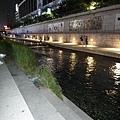 夜晚的清溪川2