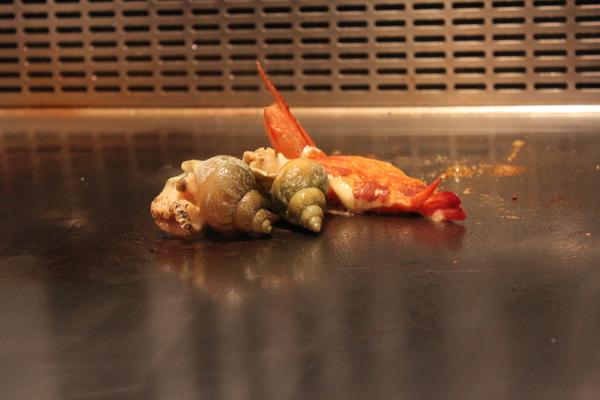 法式海鮮盤(一度以為那是我們的焗烤田螺XD)