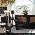 pic2 - living room (2nd level floor)