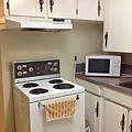 樓下學生專用廚房02_compressed.jpg