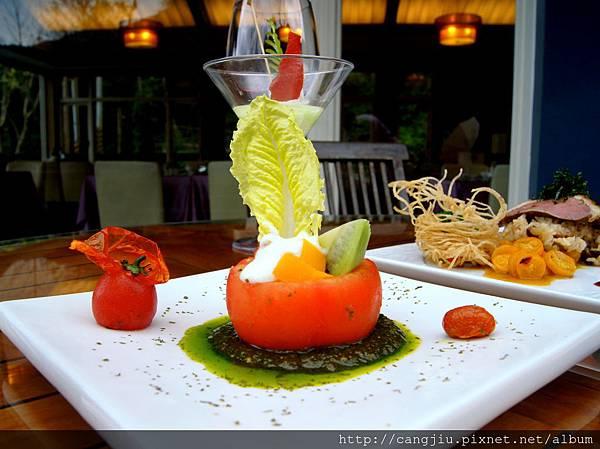 雙人無菜單料理-蕃茄優格沙拉