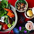 鍋+飯+肉+小菜.jpg