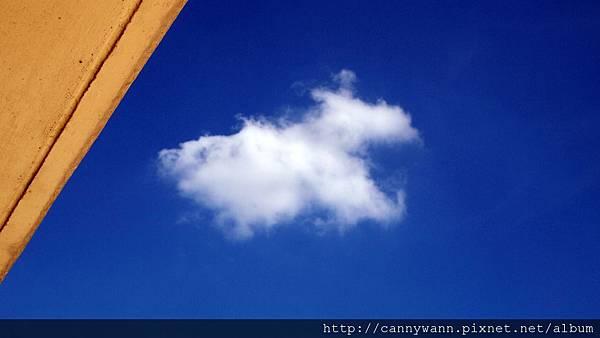 夏天的雲 (2).jpg