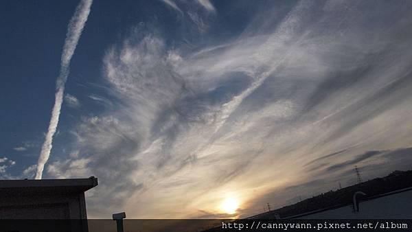 夏天的雲 (3).jpg
