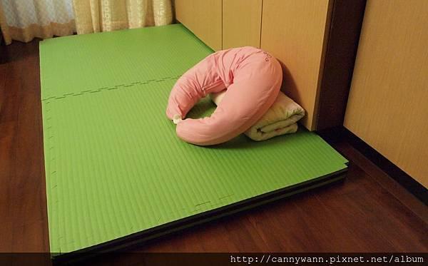 海棉墊與樂活枕.JPG
