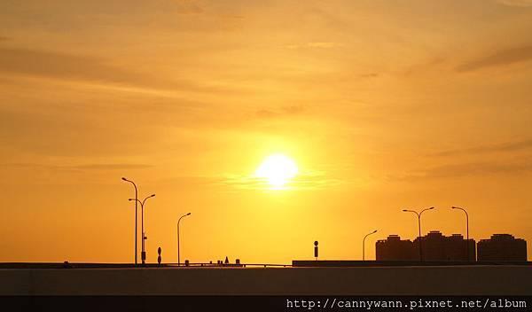 夕陽西沉.JPG
