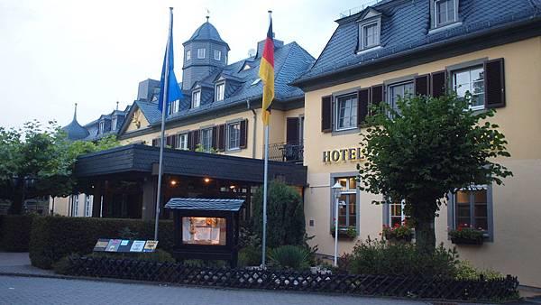 萊茵河古堡旅館 (1)