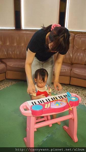 雪莉的電子琴 (1)