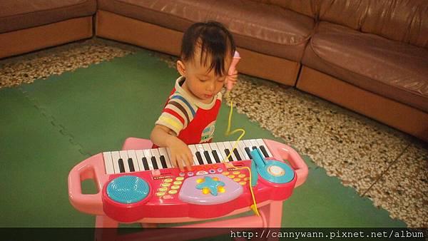 雪莉的電子琴 (4)