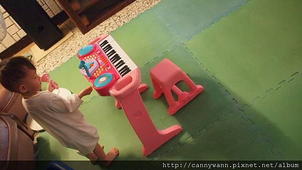 雪莉的電子琴 (6)
