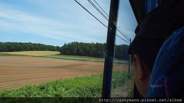 前往知床半島窗外風景 (3)