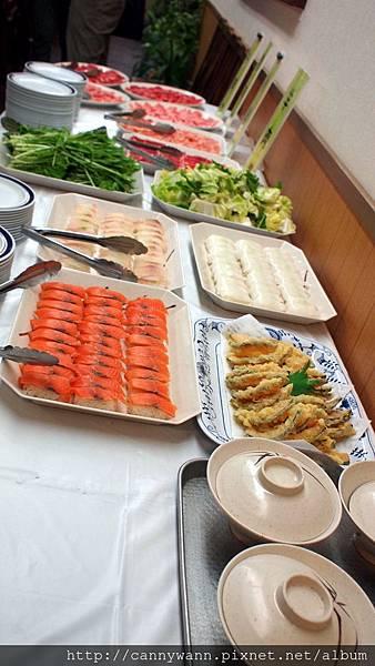 帝王蟹長腳蟹毛蟹吃到飽的晚餐 (3)