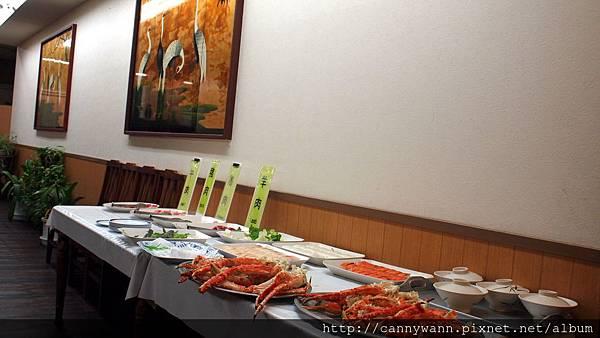 帝王蟹長腳蟹毛蟹吃到飽的晚餐 (1)