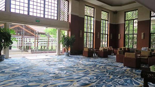 湖泉酒店 (1)