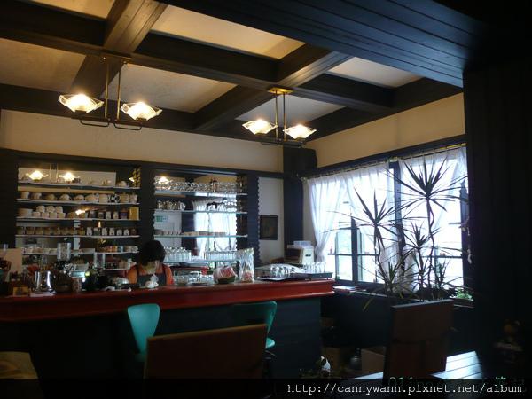 優典咖啡廳的花花草草.jpg