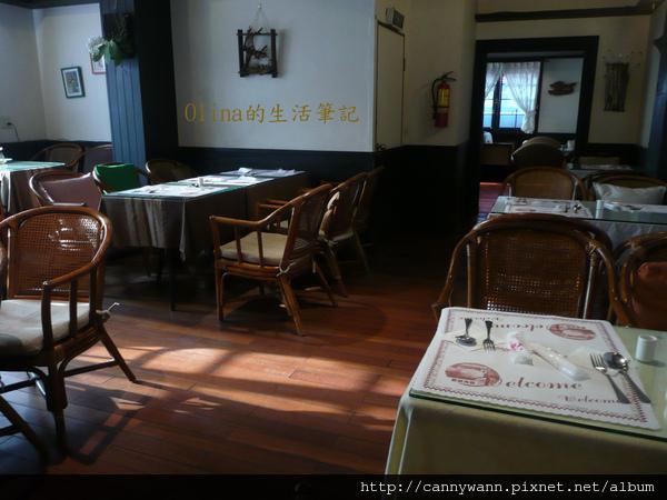 優典咖啡廳的花花草草 (15).jpg