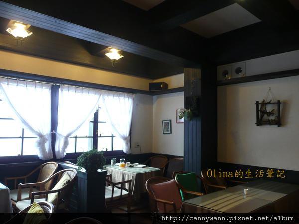 優典咖啡廳的花花草草 (16).jpg