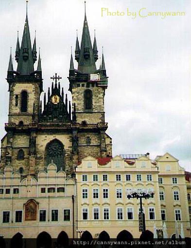 2002布拉格~泰恩教堂.jpg