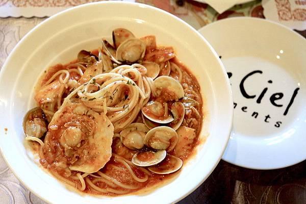 艾蜜莉廚房番茄義大利麵.JPG