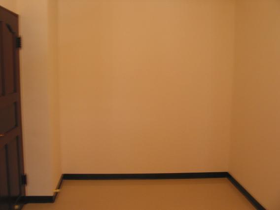 客房衣櫥五斗櫃(裝潢前)