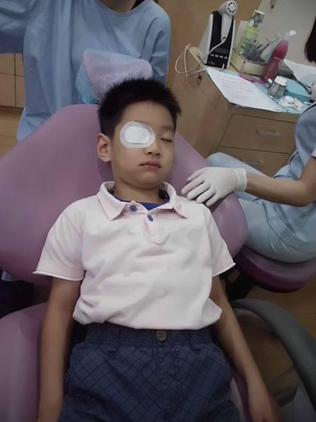 101.10.30品登牙醫檢查牙齒 (138)