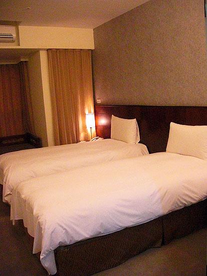 文華道會館房內-兩小床