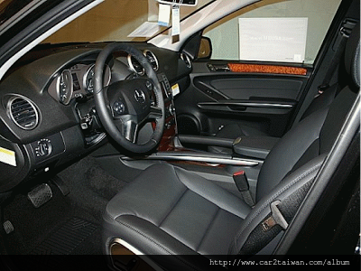 2009 Benz ML350.png