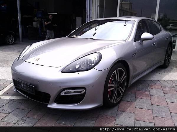 2012 保持捷Porsche Panamera Turbo - 從美國帶車回台灣不稀奇,從中東帶車回台灣才厲害啦-代辦進口車2012 保持捷Porsche Panamera Turbo相關的關稅計算、驗車法規及費用