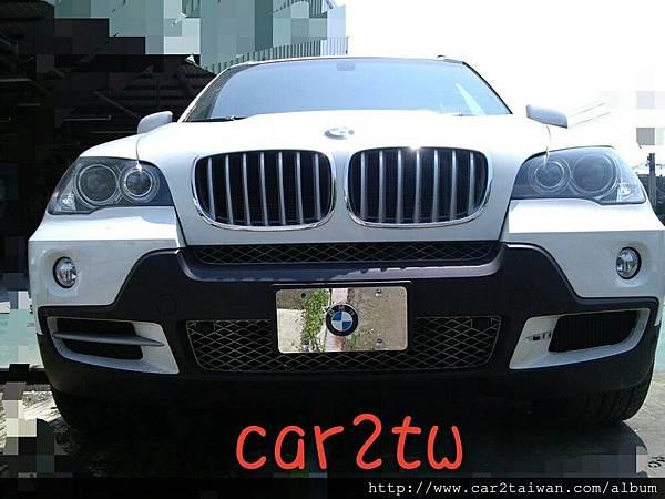 美國買車代辦BMW X5代辦進口車運回台灣,國外買車價格便宜,代辦進口車BMW X5費用相當划算,例如這台寶馬BMW X5 35i從美國買車運回台灣費用總共花費台幣約180多萬元,如果是留學運車費用還可以在節省一些,只要在國外持有這台車輛超過半年,符合留學生條款個人帶車回台灣最新規定,ARTC車測費用及台灣進口車關稅都有一些優惠,Car2TW提供從美國或加拿大代辦進口車回台服務,歡迎免費諮詢