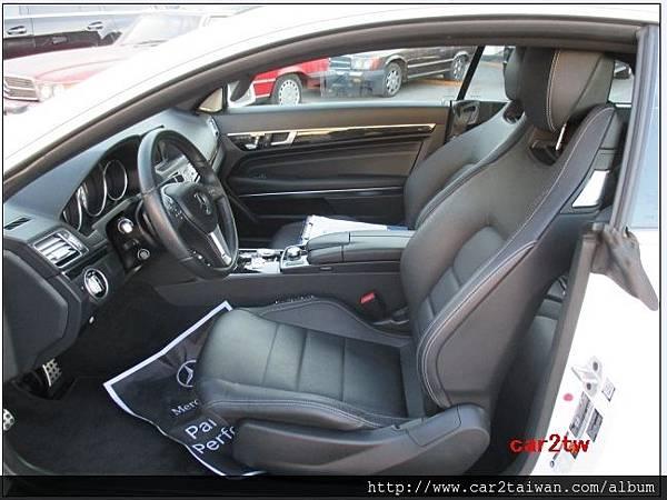 BENZ E350駕駛座