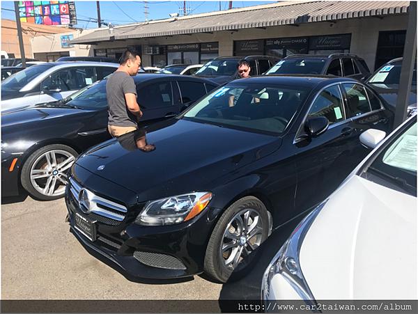 car2tw業務在BENZ美國原廠幫客戶挑車選車購車