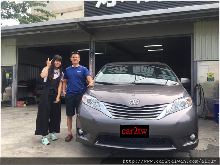 Toyota Sienna XLE AWD(7人座)