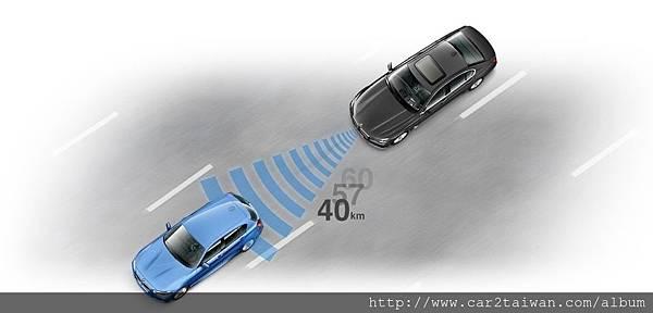 BMW X5 外匯車配備ACC跟車系統