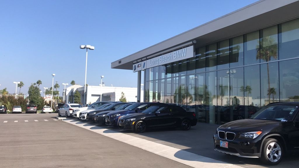 Long Beach BMW此車商為Car2tw長期配合的廠商,若有新的車源or划算的車輛。Long Beach BMW第一時間都會通知Car2tw喔