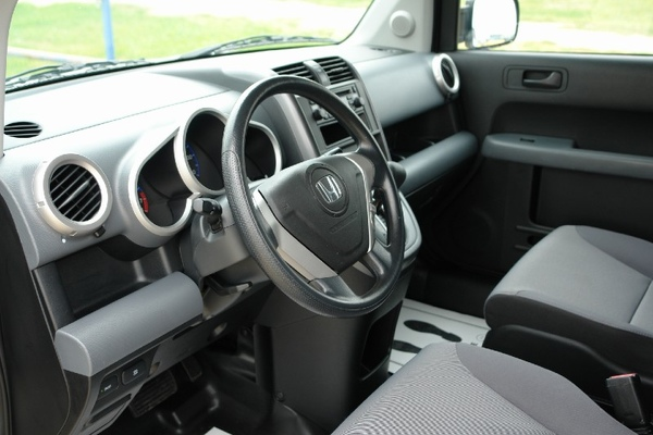 2008 Honda Element LX 2WD 8.jpg