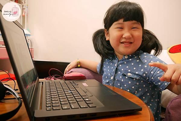 小孩體驗tutorJr牛津教材之過程照片2.JPG