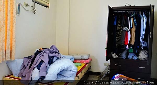 單人床、衣櫃