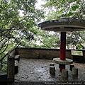 12 仙洞公園涼亭.jpg