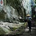 24 登山人.jpg