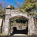 22 李崠山古堡.jpg