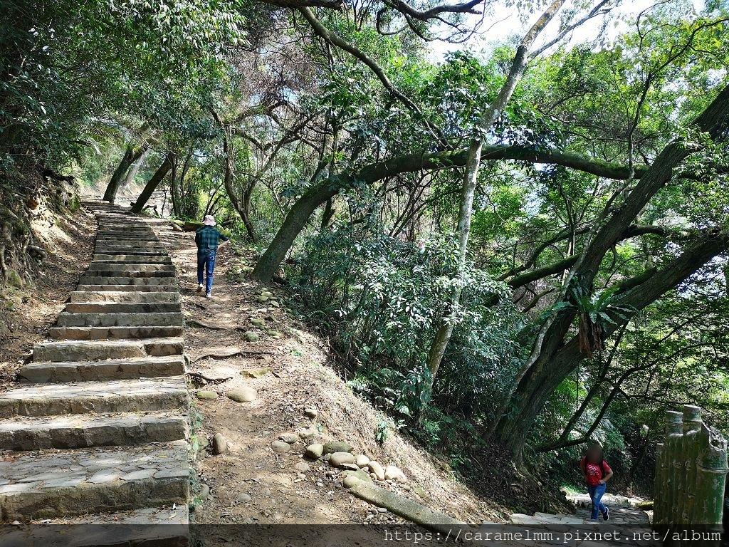 05 石階步道 (2).jpg