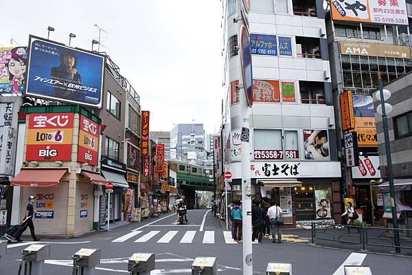 第3天,因為沒睡好,所以沒排什麼行程,就從新宿走去原宿