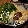 壽喜燒的菜盤,比15吋營幕大