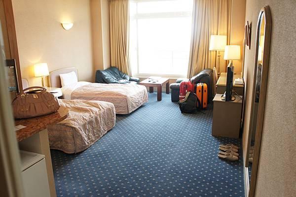 白濱seamore的房間有點古老,但很大,有40平米