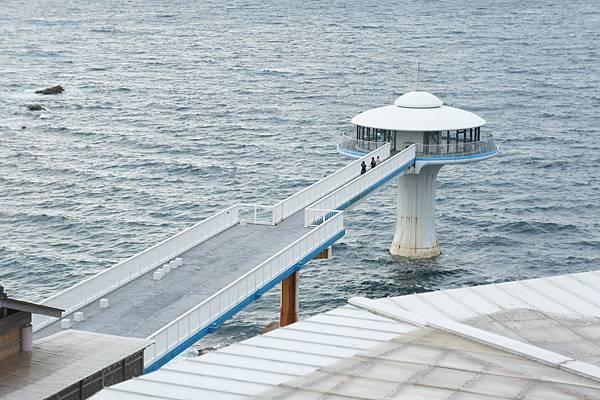 飯店旁邊就是白濱海中展望台
