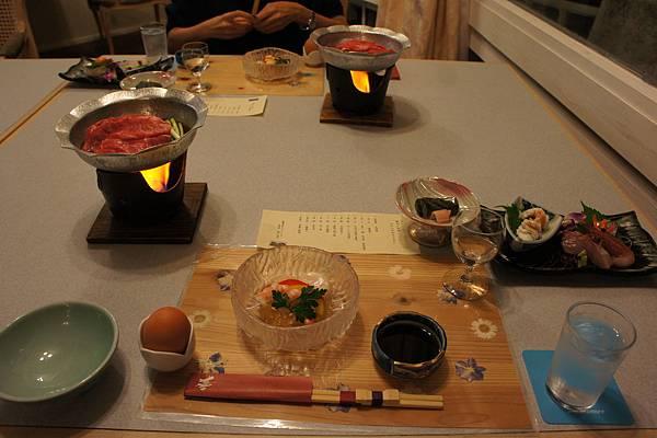 餐前酒: 五柑酒、前菜