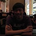 晚餐去central world 7樓的nara餐廳,好吃又不貴,餐廳也裝潢的不錯,加稅之後一個3百多泰珠