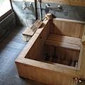 檜木泡湯池