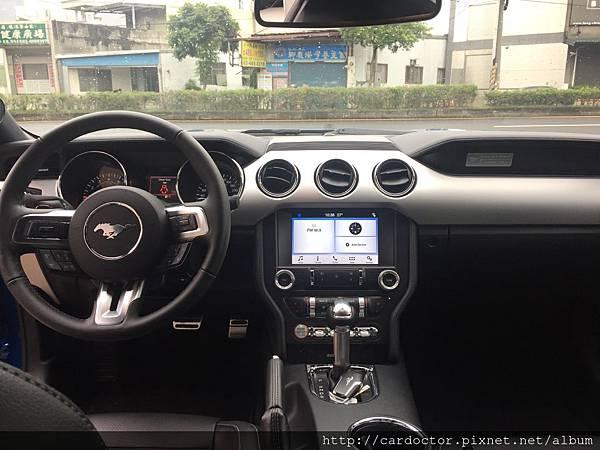 福特野馬GT 5.0開箱-想買野馬GT跑車嗎?野馬GT跑車評價,價格,規格,油耗,優缺點。福特野馬GT跑車俱樂部CLUB。