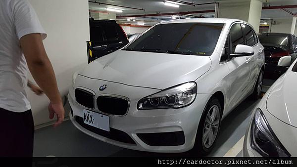 BMW寶馬汽車2015 218D新北市新莊中古車估價實例,BMW寶馬中古車行情及車輛介紹。